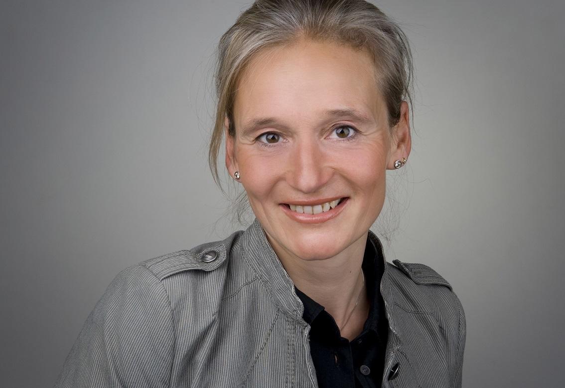 Claudia Bitzer, Bitzer-PR